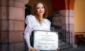 Enfermera premiada por AMLO motivada para seguir creciendo