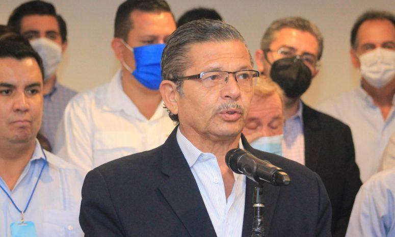 Acepta Octavio Pedroza resultados, pero anuncia judicialización